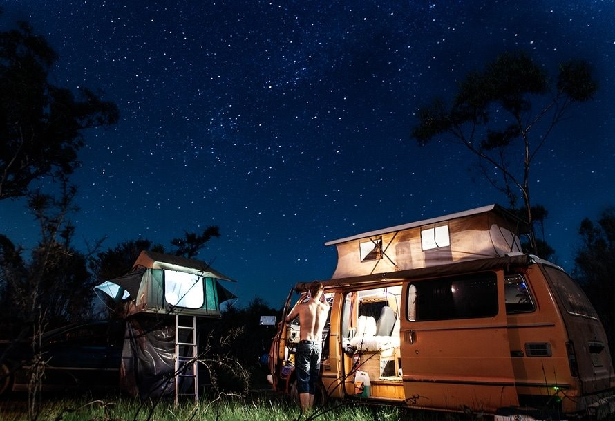 6 Benefits of Living in an RV Full-Time