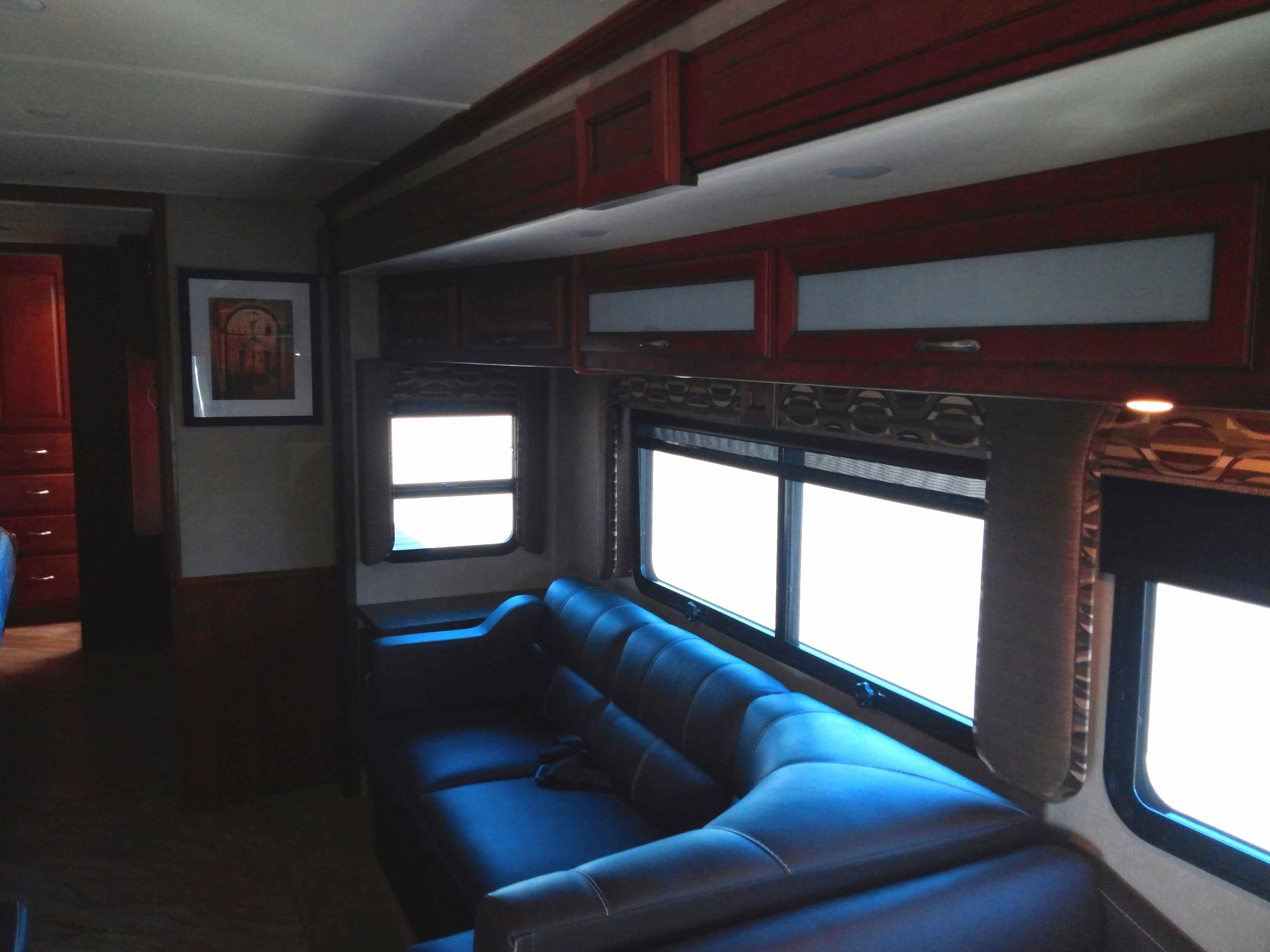3 Ways to Save Money on a New RV