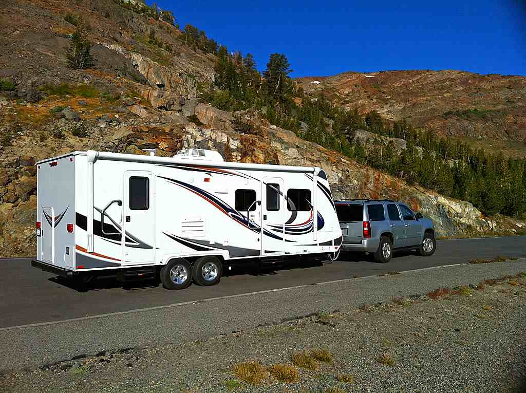 6 Benefits of Living in an RV Full Time