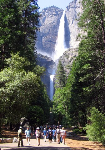 Lower Yosemite Fall Trail