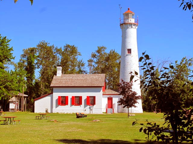Sturgeon Point Light House